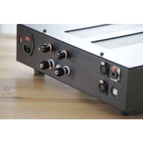 LampizatOr Amber Power DAC