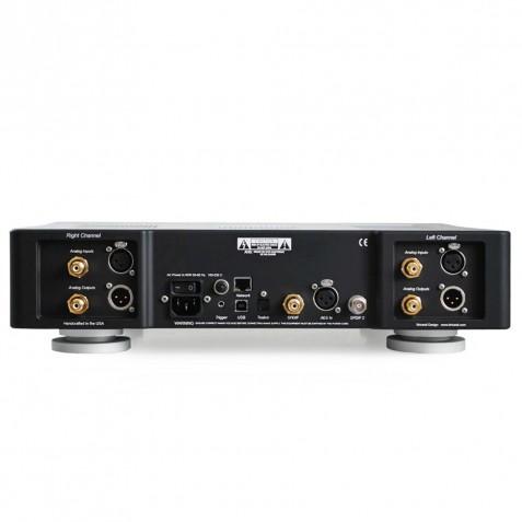BRICASTI M12 Streamer DAC Controller