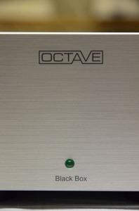 Octave Black Box: déballage de l'alimentation optionnelle des amplis à tubes OCTAVE
