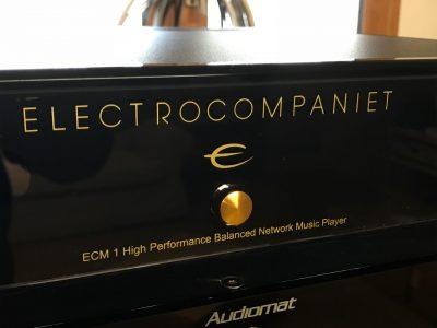 Electrocompaniet ECM1: un média réseau tout compris - déballage -