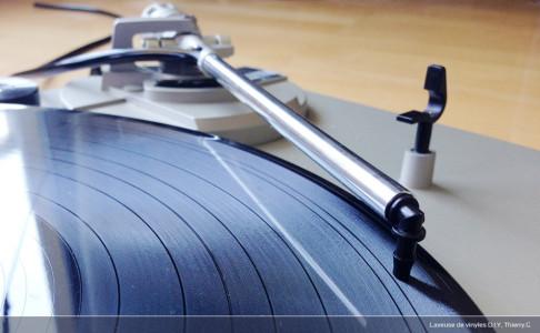"""Disques vinyls (2/2): """"n'oublie pas de passer à la laverie ..."""" Tutoriel de réalisation d'une laveuse phono D.I.Y. de compétition"""
