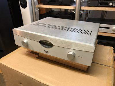 Amplificateur YBA IA350: l'ampli Passion  ... (et lecteur réseau/DAC MP100SE)
